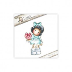 SCL12 Tilda with Wrapped Heart